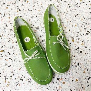 GRASSHOPPERS | Green Loafers Slip Ons Polka Dot
